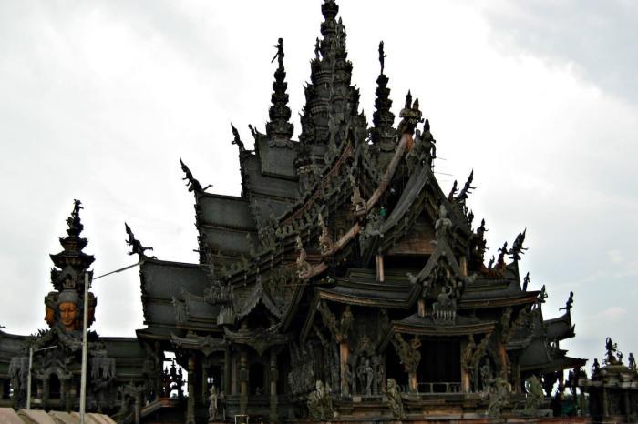 Паттайя, Храм Истины