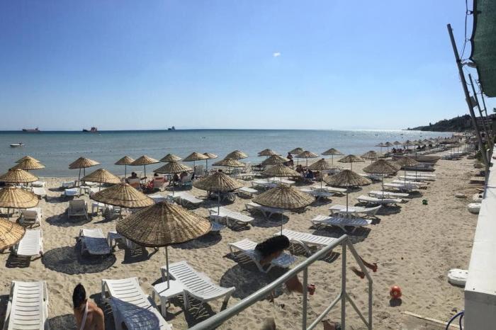 Погода в Стамбуле в августе - Пляж в Пойраз Кёк