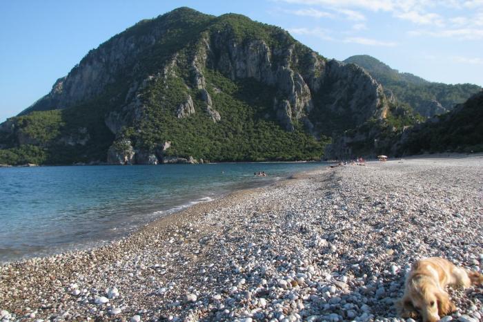 Кемер, Галечный пляж
